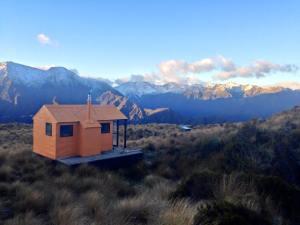 Mount Brown hut 2